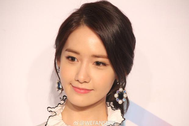 Yoona (SNSD) xinh đẹp rạng rỡ bên Đường Yên, Dương Mịch - Ảnh 2.