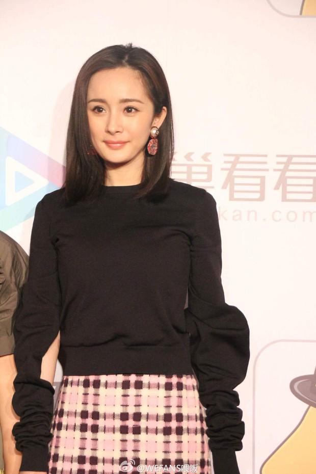 Yoona (SNSD) xinh đẹp rạng rỡ bên Đường Yên, Dương Mịch - Ảnh 6.