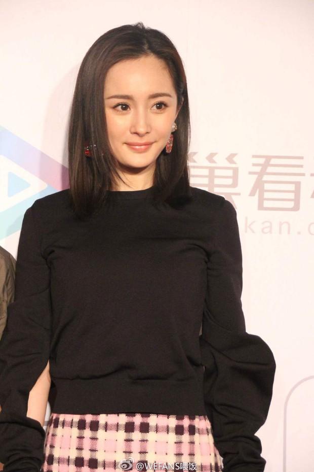 Yoona (SNSD) xinh đẹp rạng rỡ bên Đường Yên, Dương Mịch - Ảnh 8.