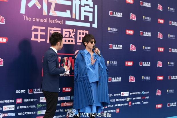 Dàn sao hot nhất Hoa - Hàn hội ngộ tại thảm xanh Chinese Top Music Awards - Ảnh 14.