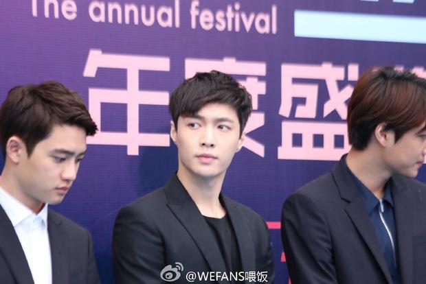 Dàn sao hot nhất Hoa - Hàn hội ngộ tại thảm xanh Chinese Top Music Awards - Ảnh 8.