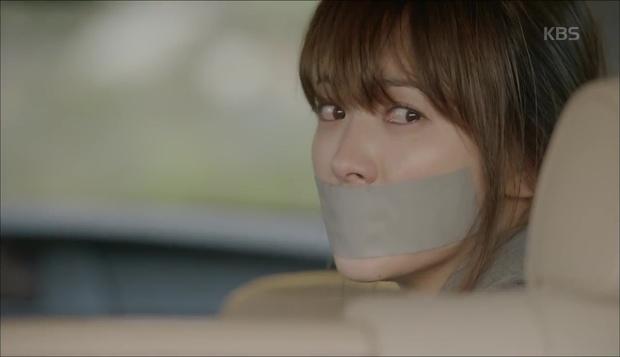 Hậu Duệ Mặt Trời: Song Hye Kyo tự nhận mình thuộc nhóm máu... mỹ nhân! - Ảnh 4.