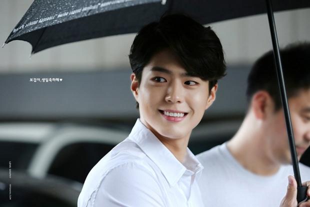 Từ mỹ nam vai phụ, kỳ thủ cờ vây Choi Taek Park Bo Geum hóa hoàng tử truyền hình - Ảnh 2.