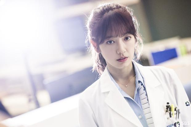 Bác sĩ, luật sư, cảnh sát Hàn muốn kiện biên kịch phim Hàn vì làm phim nhảm nhí - Ảnh 3.