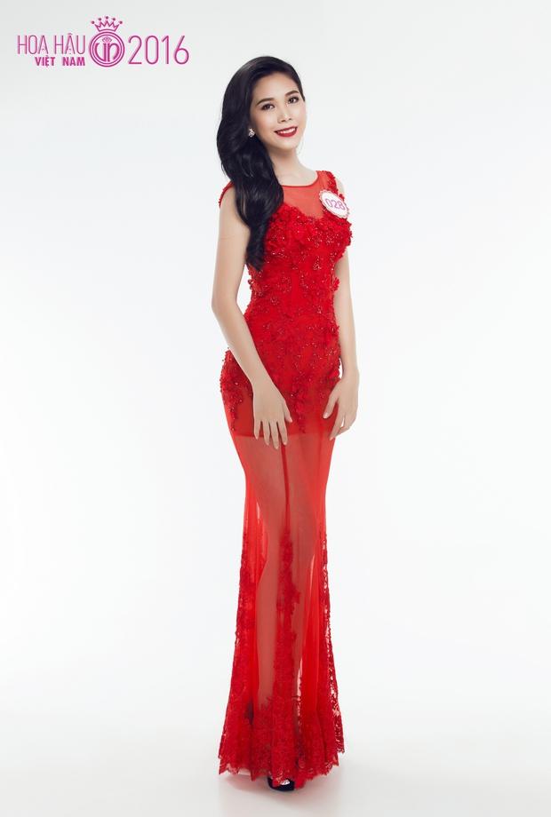 Hoa hậu Việt Nam 2016: 30 người đẹp tranh tài ở vòng Chung khảo phía Nam lộng lẫy với váy dạ hội - Ảnh 29.