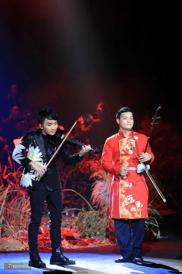 Thu Phương và Kiều Anh không giáp mặt dù cùng là khách mời trong liveshow của Hoàng Rob - Ảnh 18.