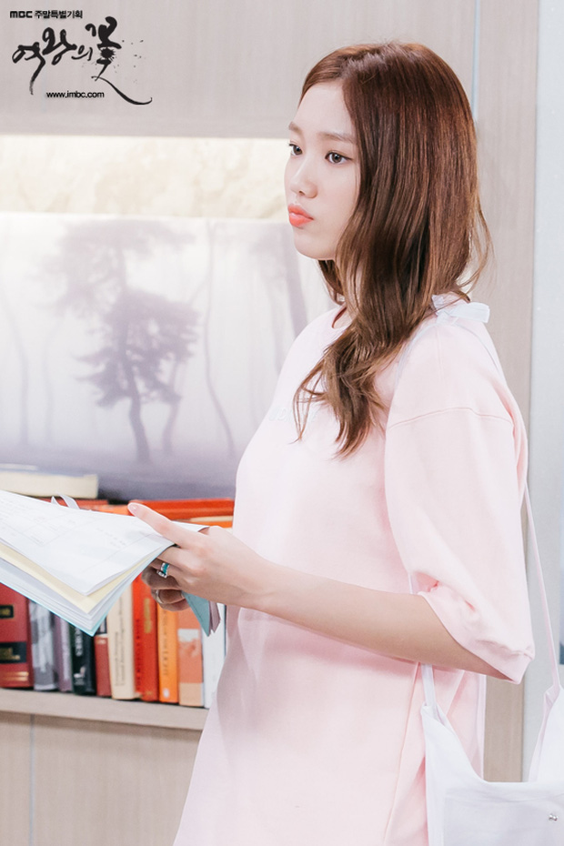 Nhìn lại sự nghiệp diễn xuất của gà nhà YG - Lee Sung Kyung đến thời Doctors - Ảnh 6.