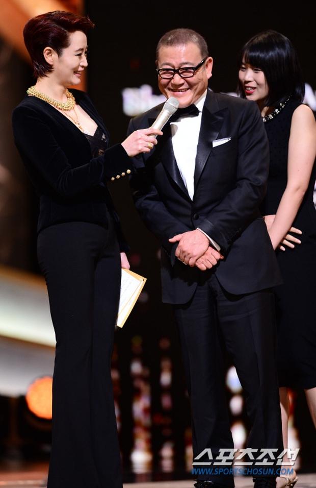 """Phim kinh dị """"The Wailing"""" đánh chiếm Rồng Xanh 2016, Lee Byung Hun lên ngôi Ảnh đế - Ảnh 7."""