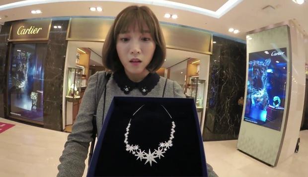 """""""7 First Kisses"""": Vừa bị tạt rong biển vào mặt, nữ chính đã được gặp ngay Lee Jong Suk - Ảnh 8."""