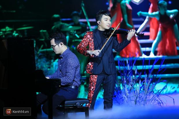 Thu Phương và Kiều Anh không giáp mặt dù cùng là khách mời trong liveshow của Hoàng Rob - Ảnh 19.