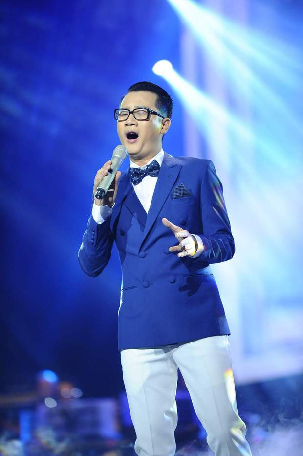 Khán giả xúc động khi trở lại thời Làn sóng xanh trong liveshow nhạc sĩ Việt Anh - Ảnh 13.