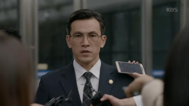 """""""Yêu Không Kiểm Soát"""" tập cuối: Kim Woo Bin ngủ thiếp mãi mãi trên vai Suzy - Ảnh 11."""