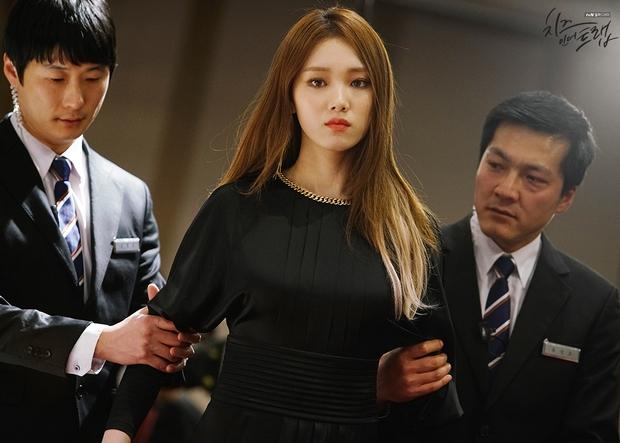 Nhìn lại sự nghiệp diễn xuất của gà nhà YG - Lee Sung Kyung đến thời Doctors - Ảnh 8.