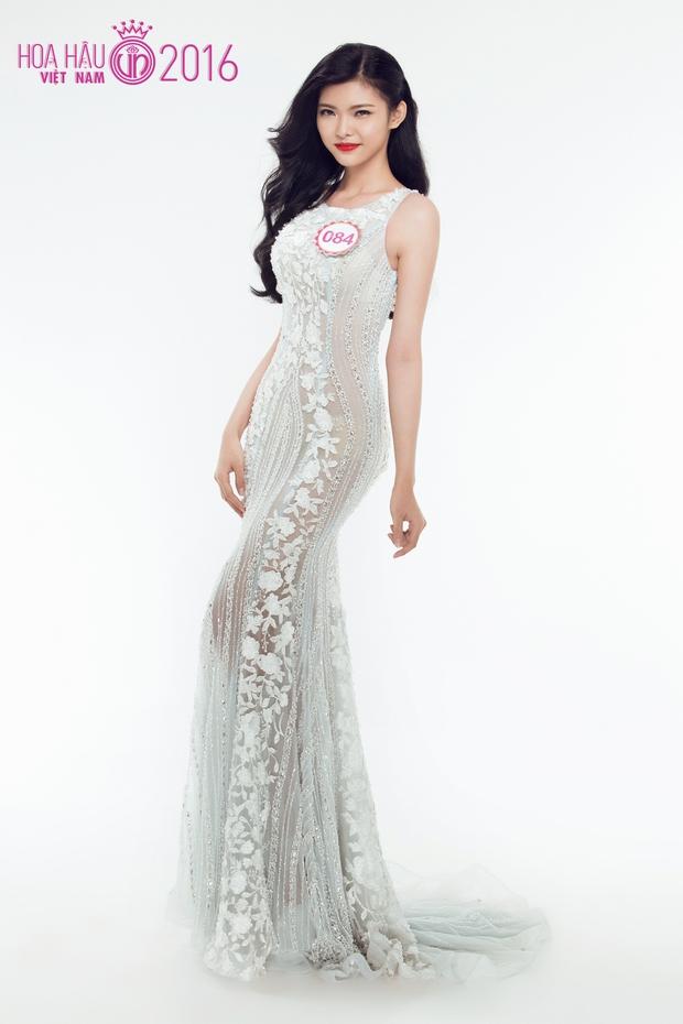Hoa hậu Việt Nam 2016: 30 người đẹp tranh tài ở vòng Chung khảo phía Nam lộng lẫy với váy dạ hội - Ảnh 26.