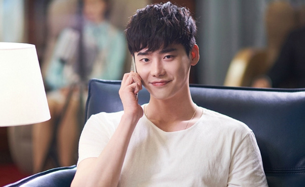 Lee Jong Suk siêu giàu, siêu ngầu - Han Hyo Joo hóa bác sĩ xinh tươi trong phim mới - Ảnh 10.