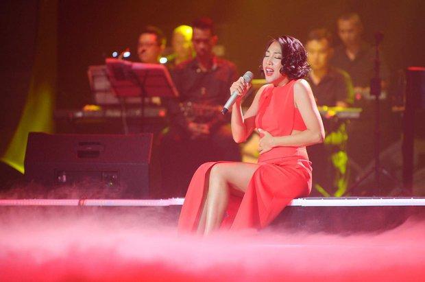 Khán giả xúc động khi trở lại thời Làn sóng xanh trong liveshow nhạc sĩ Việt Anh - Ảnh 14.