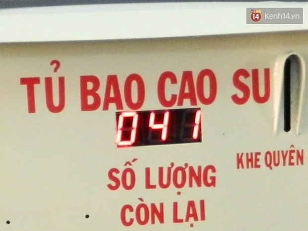 Sinh viên Đà Nẵng sáng chế máy phát bao cao su miễn phí cho người dân - Ảnh 3.