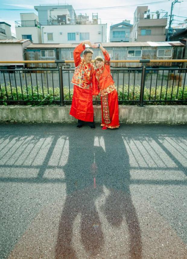 Lặn lội sang Nhật Bản chụp ảnh cưới, cặp đôi Trung Quốc nhận về toàn... thảm họa - Ảnh 1.