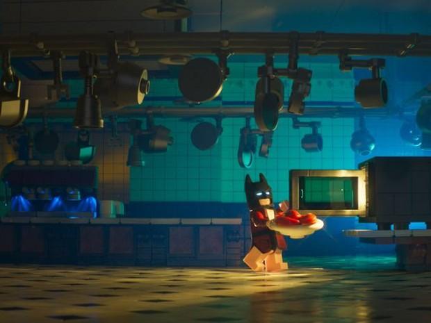 Kỵ Sĩ Bóng đêm cô độc trong LEGO Batman Movie - Ảnh 2.