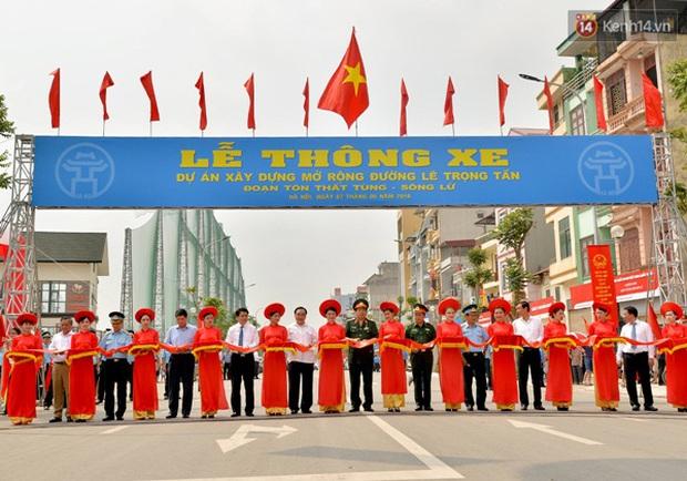 Thông xe tuyến đường kiểu mẫu đầu tiên ở Hà Nội - Ảnh 1.