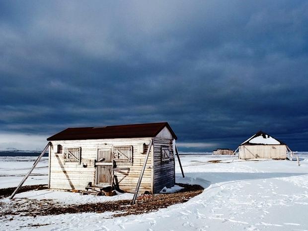 Những ngôi nhà hoang nơi tận cùng trái đất - Ảnh 1.