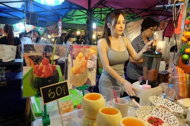 Nàng Tây Thi trái cây gây sốt cộng đồng mạng Thái Lan vì quá xinh đẹp, quyến rũ - Ảnh 1.