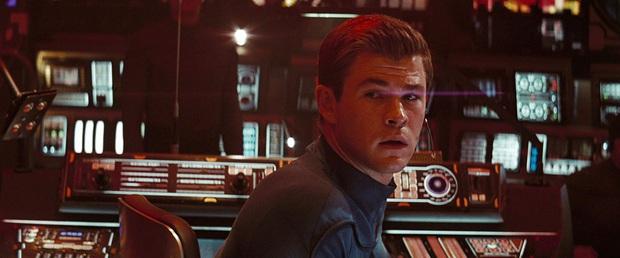 13 khoảnh khắc thú vị trong 3 phần phim Star Trek mới nhất - Ảnh 1.