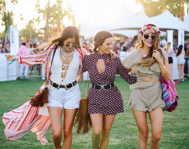 Coachella: Lễ hội nhiều cô nàng xinh và hot nhất nước Mỹ!  - Ảnh 10.
