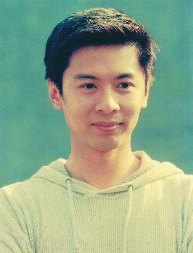 """Dàn sao """"Tiếu Ngạo Giang Hồ"""" của TVB ra sao sau hai thập kỷ? - Ảnh 11."""