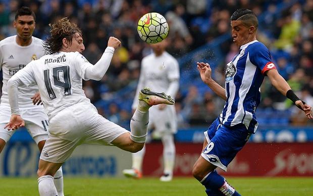 Ronaldo lập siêu kỷ lục, Real Madrid vẫn ngậm ngùi về nhì ở La Liga - Ảnh 11.
