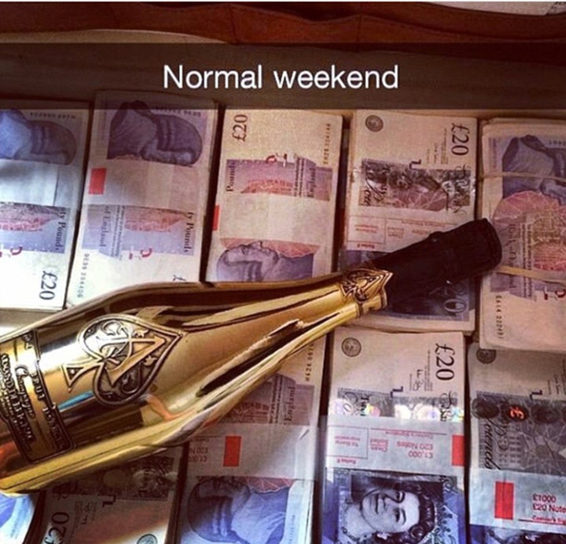 Đây là cách hội con nhà giàu tại Anh chào đón năm học mới - Ảnh 10.