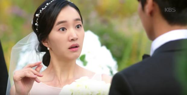 """Soo Ae rũ bỏ mác """"nữ hoàng nước mắt"""", phải lòng trai đẹp Kim Young Kwang - Ảnh 13."""