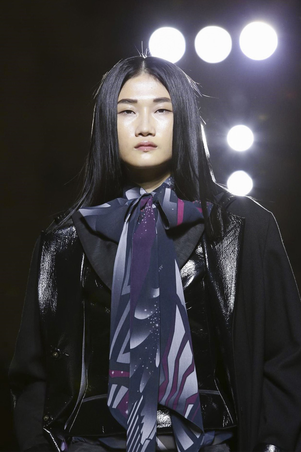 Phía Vietnam International Fashion Week trả lời: Người mẫu không được diễn là do... không đáp ứng được yêu cầu và tiêu chí? - Ảnh 8.