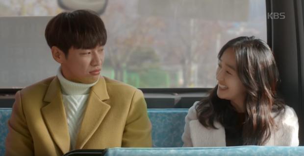 """Sweet Stranger and Me của """"bố trẻ"""" Kim Young Kwang và Soo Ae dần gục ngã - Ảnh 14."""