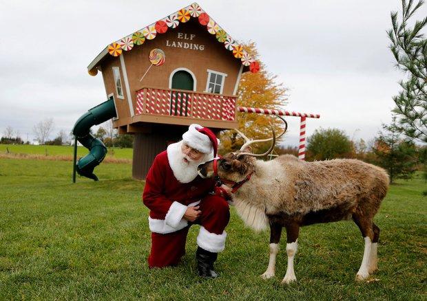 Bên trong trường đào tạo ông già Noel trước mùa Giáng sinh - Ảnh 19.