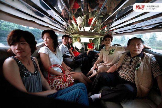 Những đám cưới toàn vàng ròng ở Trung Quốc luôn khiến người ta phải choáng ngợp - Ảnh 11.