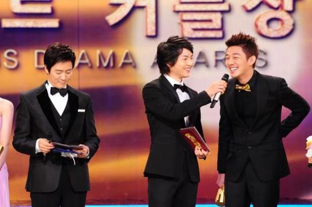 Đây là 5 cặp đôi mỹ nam đông fan nhất trong phim Hàn - Ảnh 9.