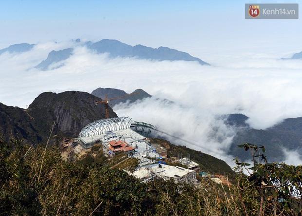 Quang cảnh tuyệt đẹp khi trải nghiệm tuyến cáp treo lên đỉnh Fansipan - Ảnh 4.