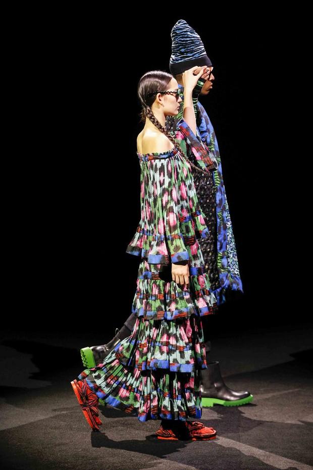 Show H&M x Kenzo tại New York: Suboi diện thiết kế mới nhất, ngồi hàng ghế đầu cùng loạt sao đình đám - Ảnh 19.
