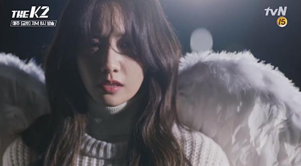 """""""K2"""": Thân phận thật sự của Yoona đã được tiết lộ - Ảnh 15."""