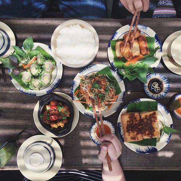Học chụp hình flatlay tuyệt đẹp từ tài khoản Instagram của các bạn trẻ Việt - Ảnh 26.