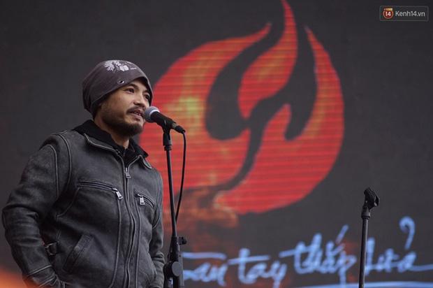 Rocker Trần Lập đã trải qua hành trình chiến đấu với ung thư đầy lạc quan và ý nghĩa! - Ảnh 17.