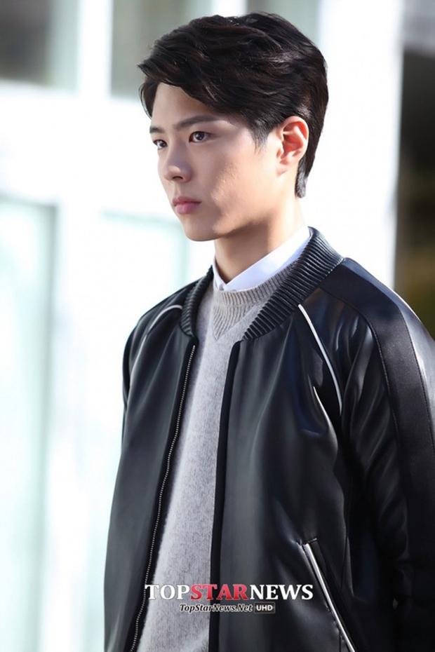 Từ mỹ nam vai phụ, kỳ thủ cờ vây Choi Taek Park Bo Geum hóa hoàng tử truyền hình - Ảnh 14.
