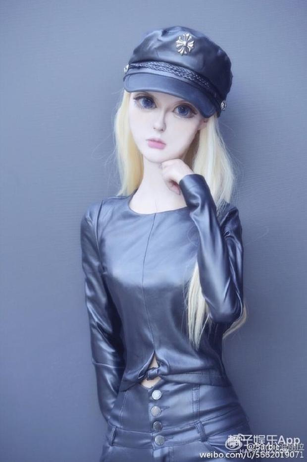 Sau anh chàng mặt rắn, đến lượt cô búp bê Barbie mang trong mình 1/4 dòng máu Nga khuấy đảo mạng xã hội - Ảnh 7.