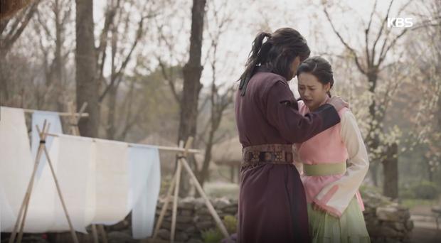 """""""Hwarang"""": Sung Dong Il bất chấp thủ đoạn hòng chiêu mộ nhân tài - Ảnh 21."""