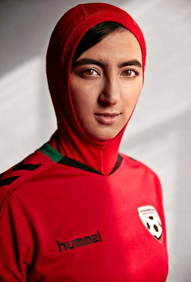 Mẫu áo đấu có một không hai của đội tuyển nữ Afghanistan - Ảnh 3.