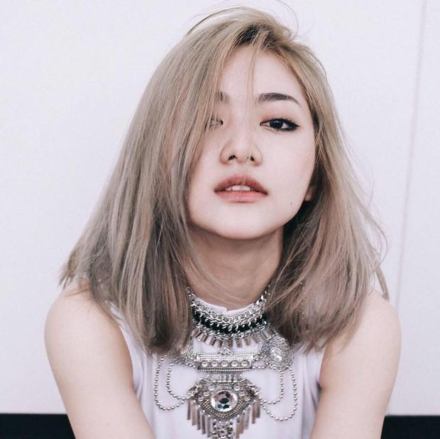 4 hot girl Việt siêu gợi cảm, sexy nhưng ngoài đời thì... bé tẹo! - Ảnh 25.