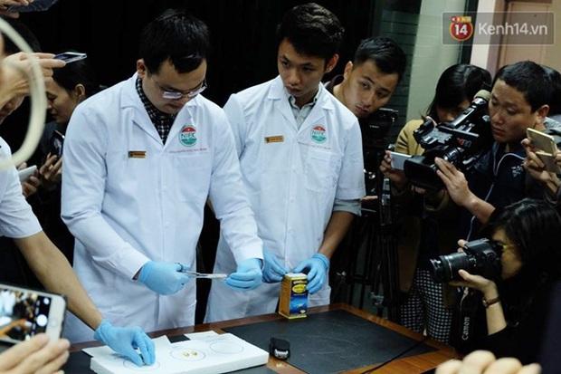 Bộ y tế: các loại dầu cá đều có tác dụng làm tan xốp, nhưng không gây nguy hiểm tới sức khỏe - Ảnh 2.