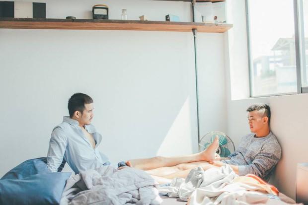 Bộ ảnh tình yêu giản dị mà ngọt ngào của cặp đôi đồng tính đẹp như soái ca - Ảnh 13.