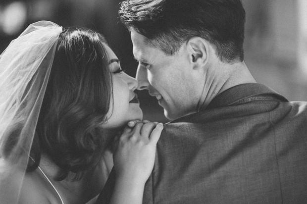 Nhờ cực kì chênh lệch chiều cao nên bộ ảnh của cặp đôi này trở nên siêu hot! - Ảnh 21.